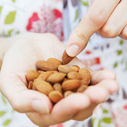 Eating_Almonds_250